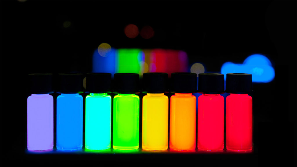 Quantum_Dots_with_emission_maxima_in_a_10-nm_step_are_being_produced_at_PlasmaChem_in_a_kg_scale